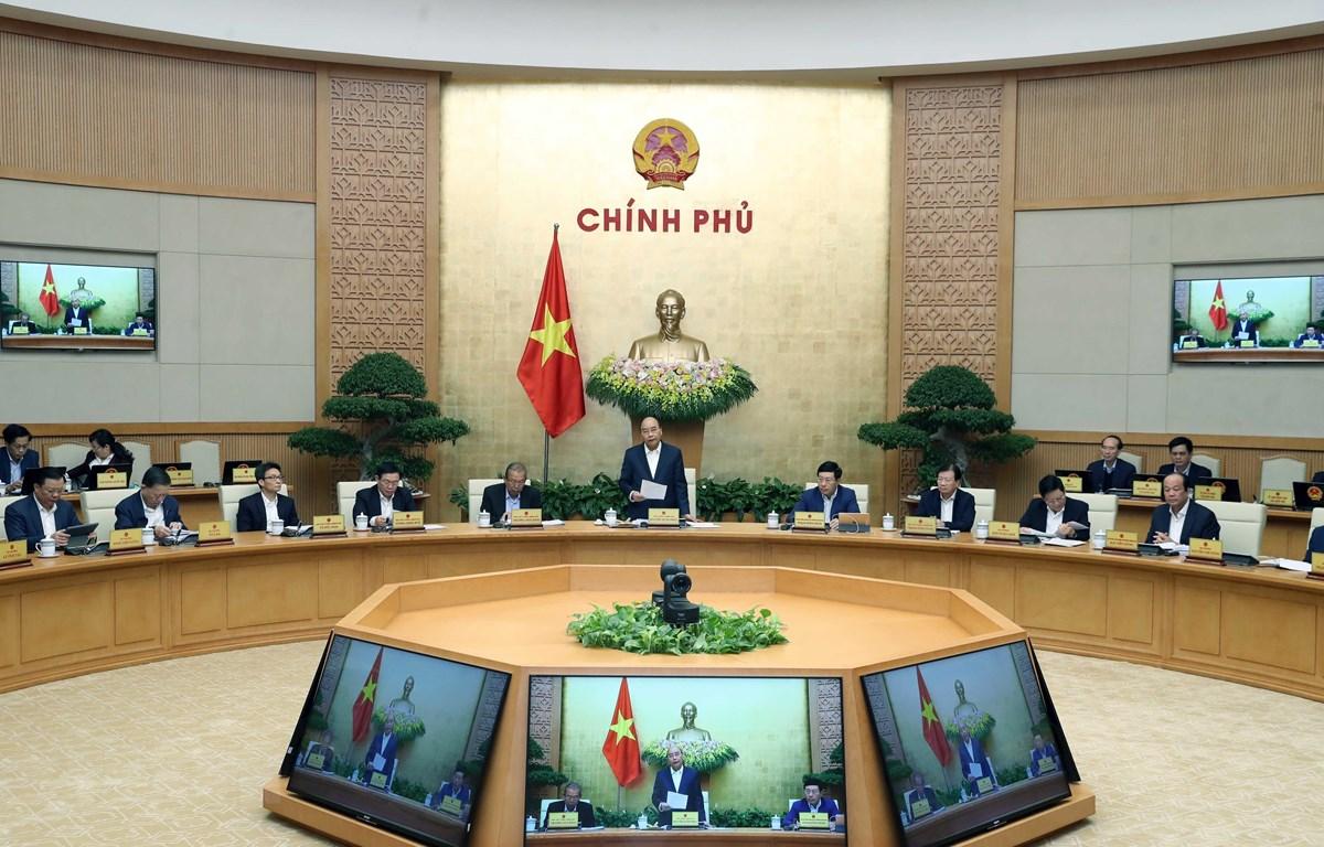 Thủ tướng Nguyễn Xuân Phúc phát biểu khai mạc Phiên họp Chính phủ thường kỳ tháng 11 năm 2019. (Ảnh: Thống Nhất/TTXVN)