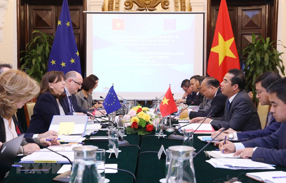 Cuộc họp lần thứ nhất Tiểu ban Các vấn đề chính trị trong khuôn khổ Ủy ban hỗn hợp Việt Nam-Liên minh châu Âu (EU). (Ảnh: Lâm Khánh/TTXVN)