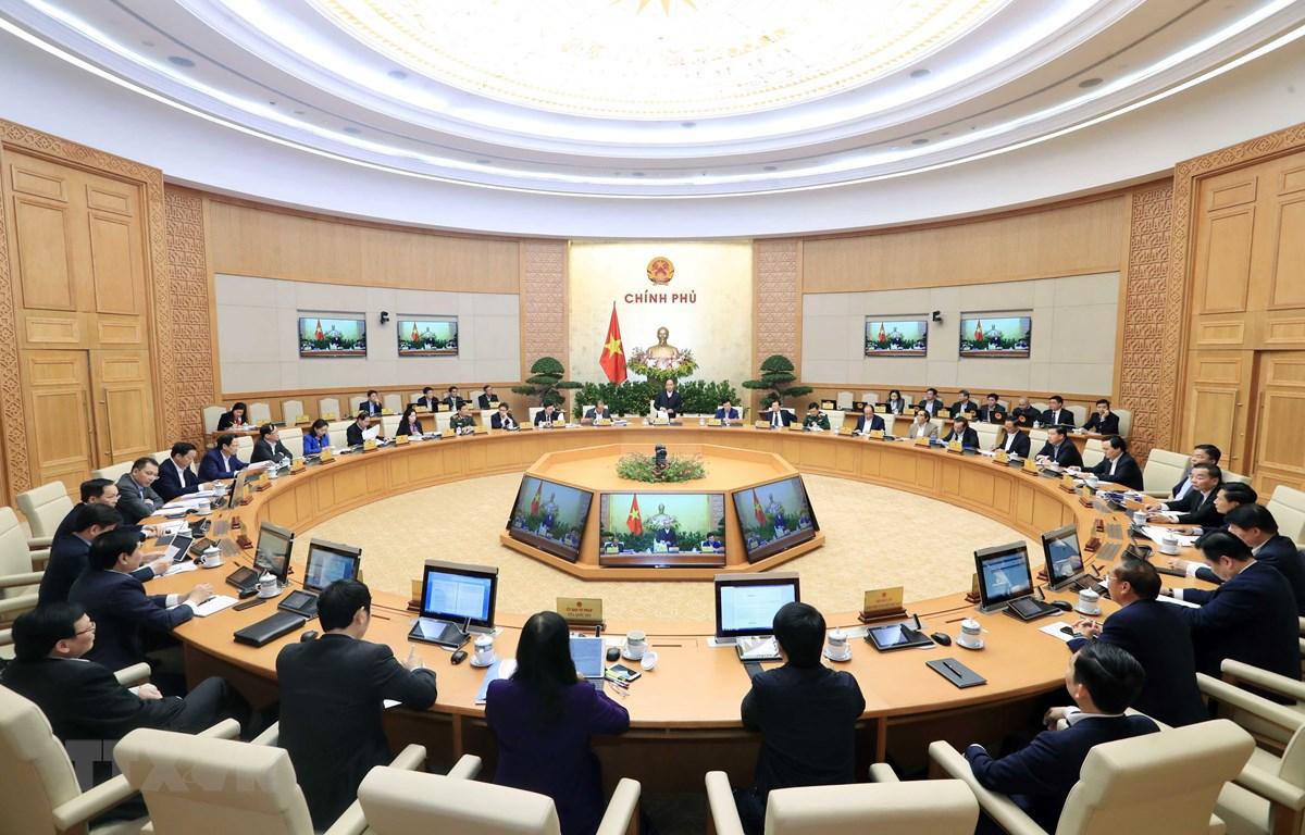 Thủ tướng Nguyễn Xuân Phúc chủ trì Phiên họp Chính phủ thường kỳ tháng 12/2019. (Ảnh: Thống Nhất/TTXVN)