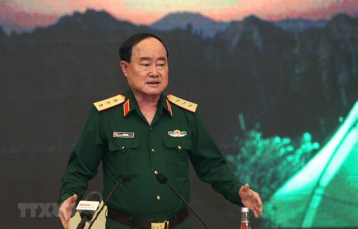 Thượng tướng Trần Đơn, Thứ trưởng Bộ Quốc phòng, Trưởng ban chỉ đạo Bộ Quốc phòng chủ trì cuộc họp. (Ảnh: Dương Giang/TTXVN)