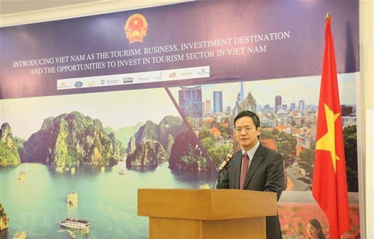 Đại sứ Việt Nam tại Indonesia Phạm Vinh Quang phát biểu tại hội thảo. (Nguồn: Đỗ Quyên - TTXVN/Vietnam+)
