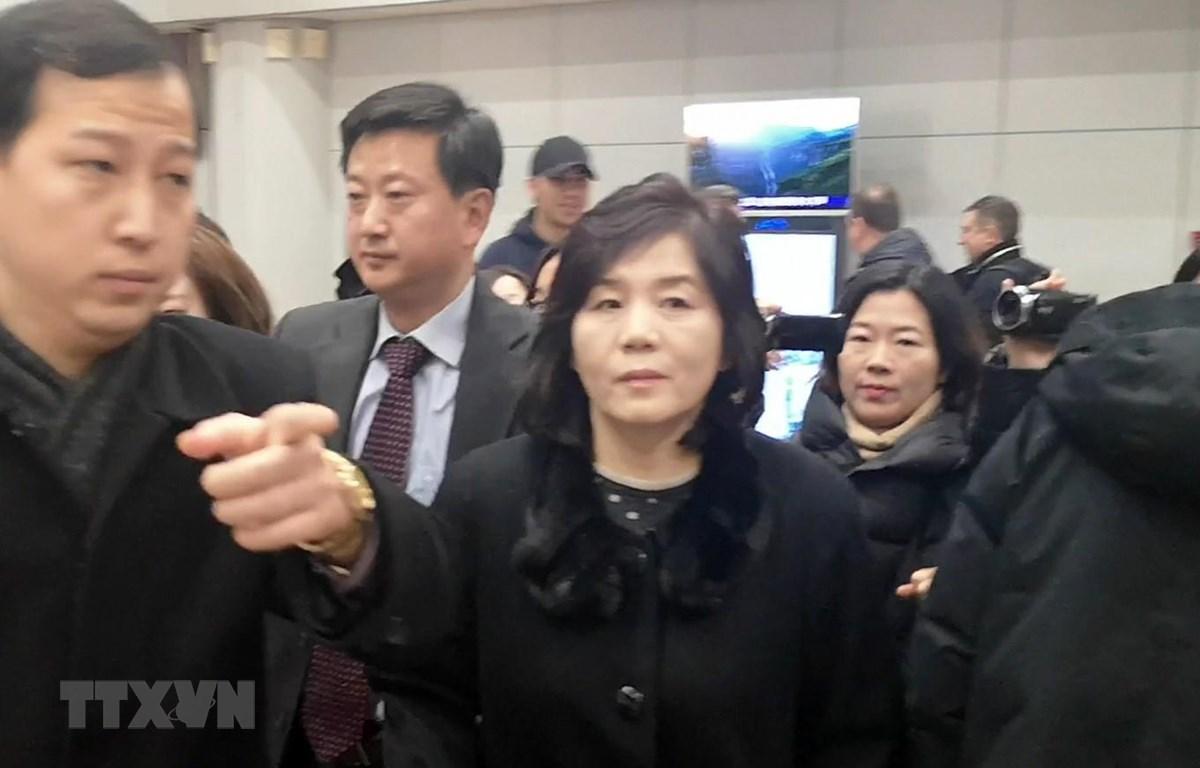Trong ảnh (tư liệu): Thứ trưởng Ngoại giao Triều Tiên Choe Son Hui (giữa). (Nguồn: YONHAP/TTXVN)