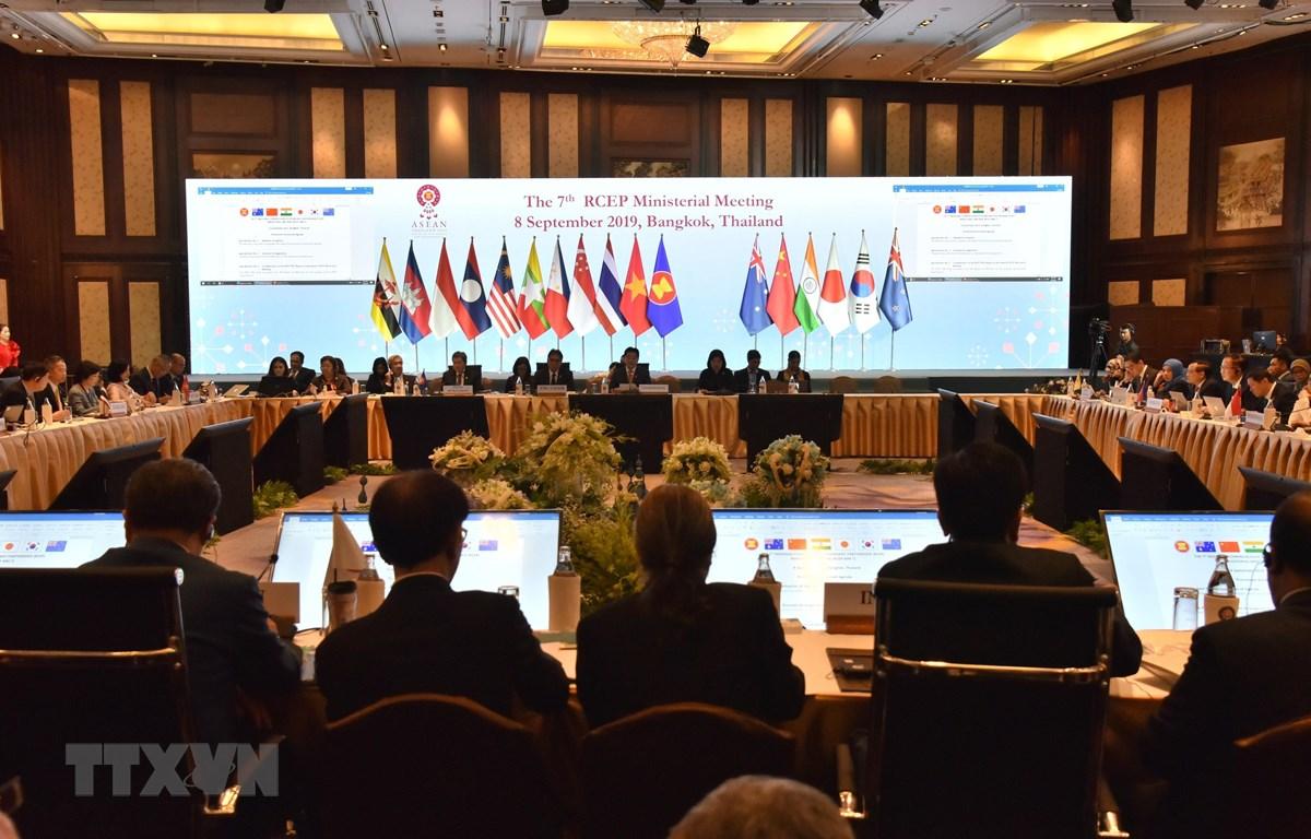 Hội nghị Bộ trưởng RCEP lần thứ bảy tại Bangkok, Thái Lan ngày 8/9. (Nguồn: TTXVN)