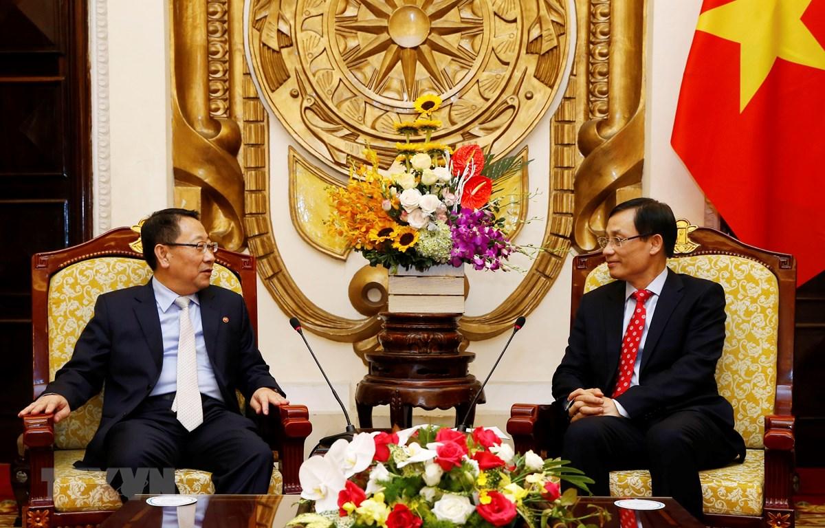 Cựu Đại sứ Triều Tiên tại Việt Nam, ông Kim Myong Gil (trái) sẽ làm trưởng đoàn đàm phán hạt nhân với Mỹ