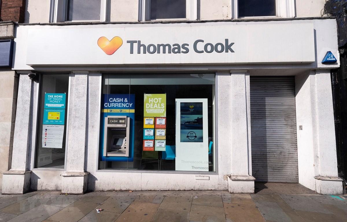 Trong ảnh: Một chi nhánh của Công ty lữ hành Thomas Cook đã đóng cửa tại London, Anh ngày 23/9/2019. Ảnh: THX/TTXVN