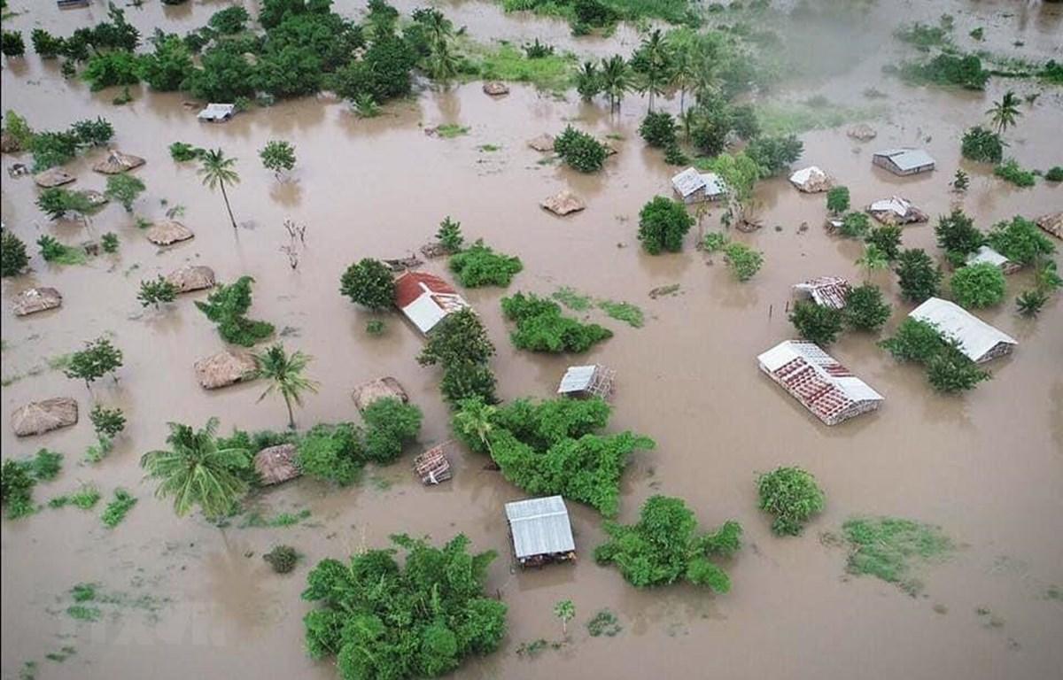 Bão Idai gây ngập lụt nghiêm trọng ở nhiều tỉnh miền Trung Mozambique. (Ảnh: Đình Lượng/TTXVN)