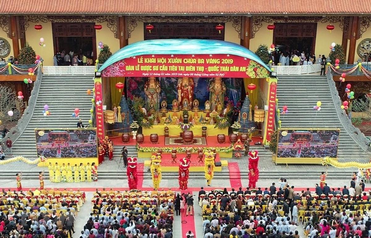Quảng cảnh Lễ khai Hội Xuân Chùa Ba Vàng năm 2019. (Ảnh: TTXVN phát)