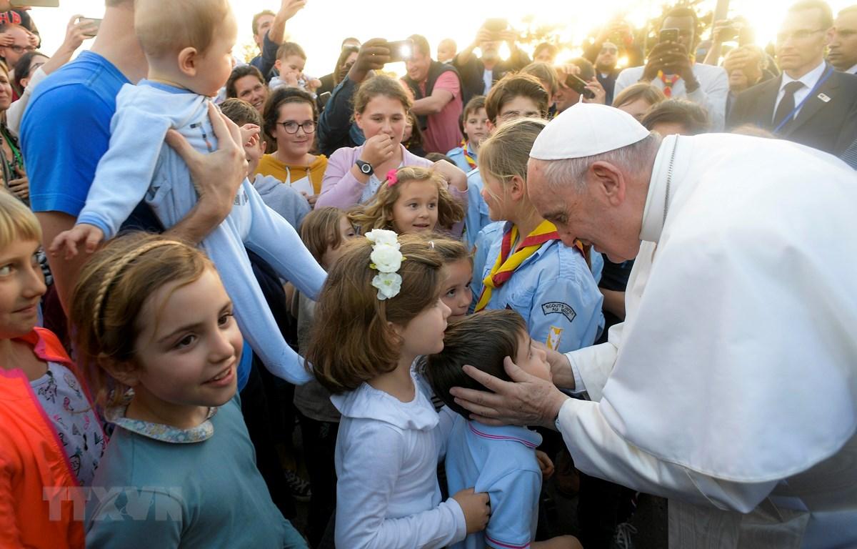 Giáo hoàng Francis trong chuyến thăm thủ đô Rabat, Maroc, ngày 30/3. (Ảnh: AFP/TTXVN)
