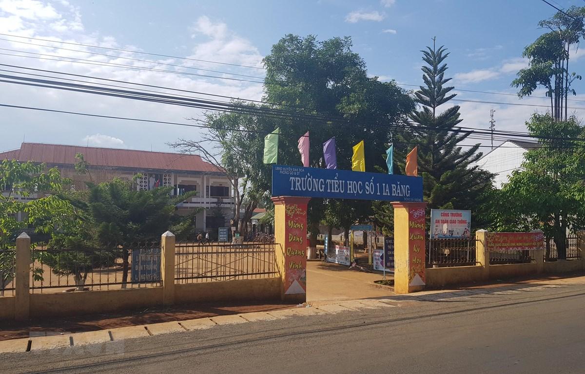 Trường Tiểu học số 1 Ia Băng, xã Ia Băng, huyện Đăk Đoa (Gia Lai) nơi có 2 học sinh bị Phó bí thư xã đánh. (Ảnh: Hồng Điệp/TTXVN)
