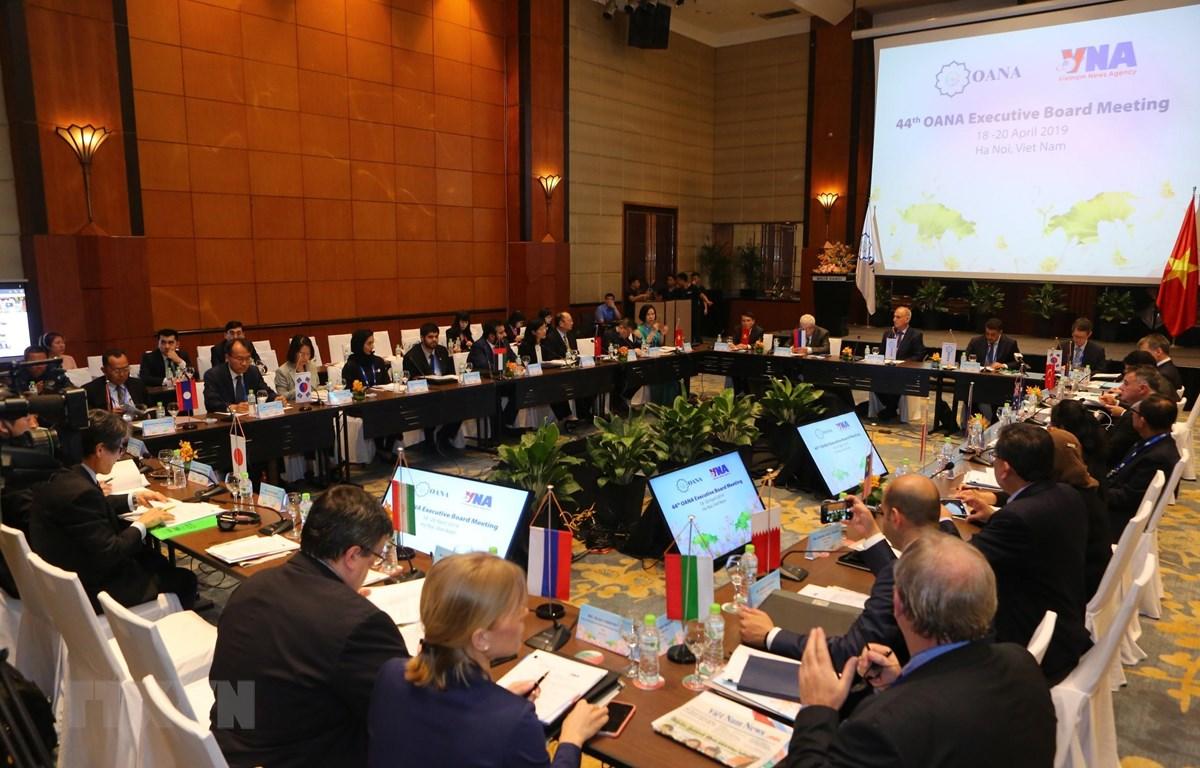 Cuộc họp Ban điều hành Hội nghị Ban Chấp hành Tổ chức các hãng thông tấn châu Á-Thái Bình Dương (OANA) lần thứ 44. (Ảnh: Thành Đạt/TTXVN)