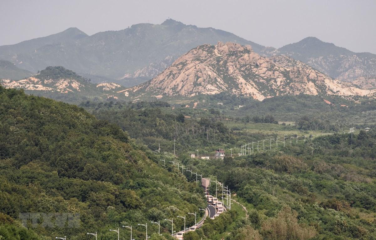 Quang cảnh Khu phi quân sự (DMZ) phân chia hai miền Triều Tiên tại Cheorwon, tỉnh Gangwon, Hàn Quốc. (Ảnh: Yonhap/TTXVN)