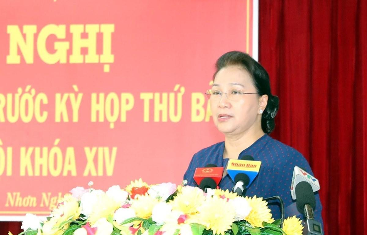 Chủ tịch Quốc hội Nguyễn Thị Kim Ngân phát biểu tại buổi tiếp xúc cử tri. (Ảnh: Trọng Đức/TTXVN)