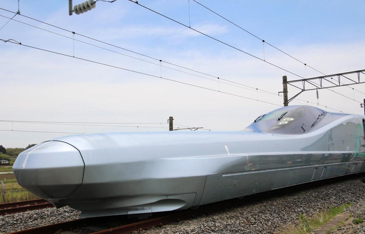 Tàu điện siêu tốc ALFA-X. (Nguồn: engadget.com)