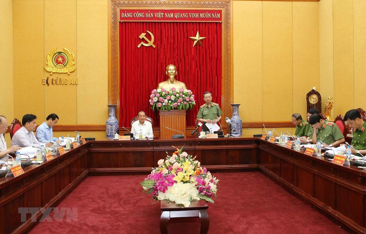Đại tướng Tô Lâm, Ủy viên Bộ Chính trị, Bí thư Đảng ủy Công an Trung ương phát biểu. (Ảnh: Doãn Tấn/TTXVN)