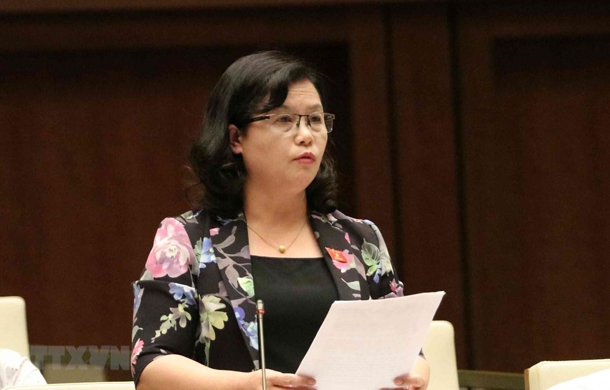 Đại biểu Quốc hội tỉnh Lào Cai Giàng Thị Bình phát biểu. (Ảnh: Văn Điệp/TTXVN)