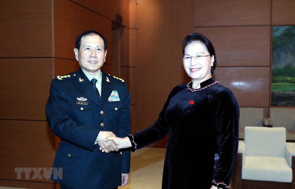 Chủ tịch Quốc hội Nguyễn Thị Kim Ngân tiếp Bộ trưởng Bộ Quốc phòng Trung Quốc Ngụy Phượng Hòa. (Ảnh: Trọng Đức/TTXVN)