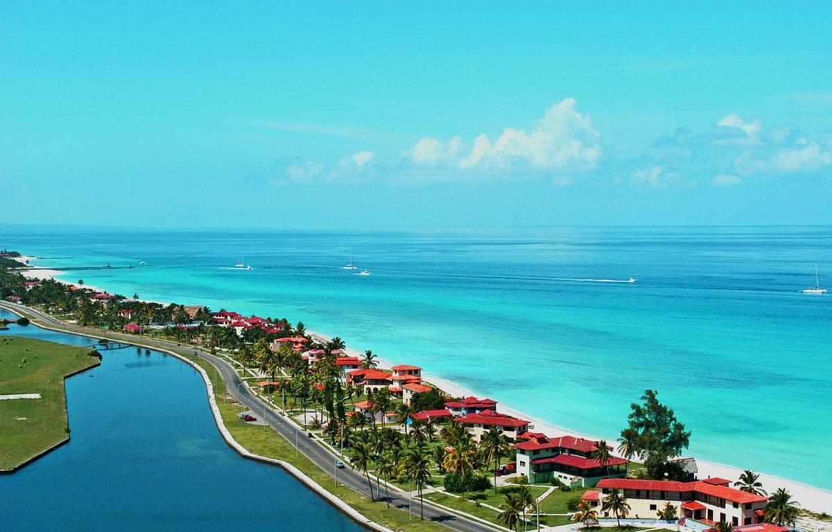 Bãi biển Varadero của Cuba. (Nguồn: repeatingislands.com)