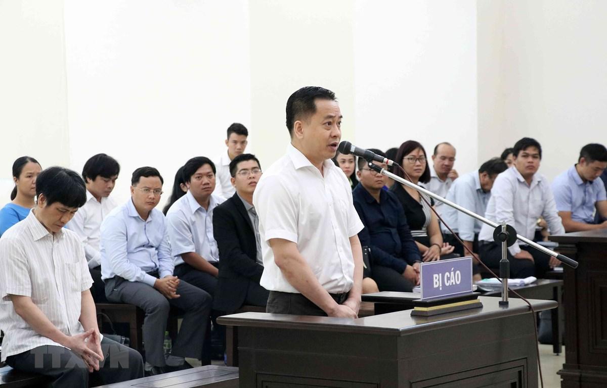 Bị cáo Phan Văn Anh Vũ tại phần tranh luận. (Ảnh: Văn Điệp/TTXVN)