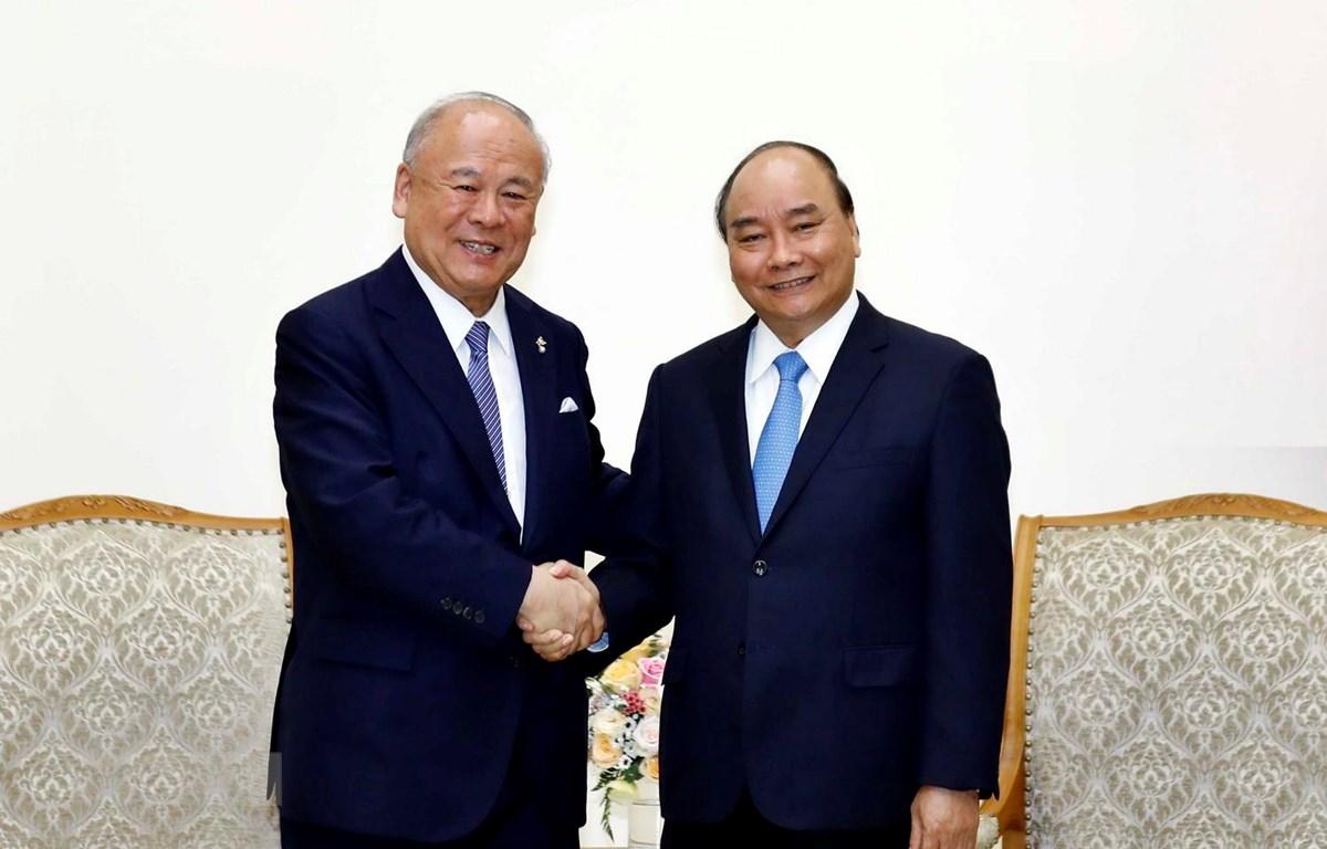 Thủ tướng Nguyễn Xuân Phúc tiếp ông Tsutomu Takebe, Cố vấn Đặc biệt Liên minh Nghị sỹ Hữu nghị Nhật-Việt. (Ảnh: Thống Nhất/TTXVN)