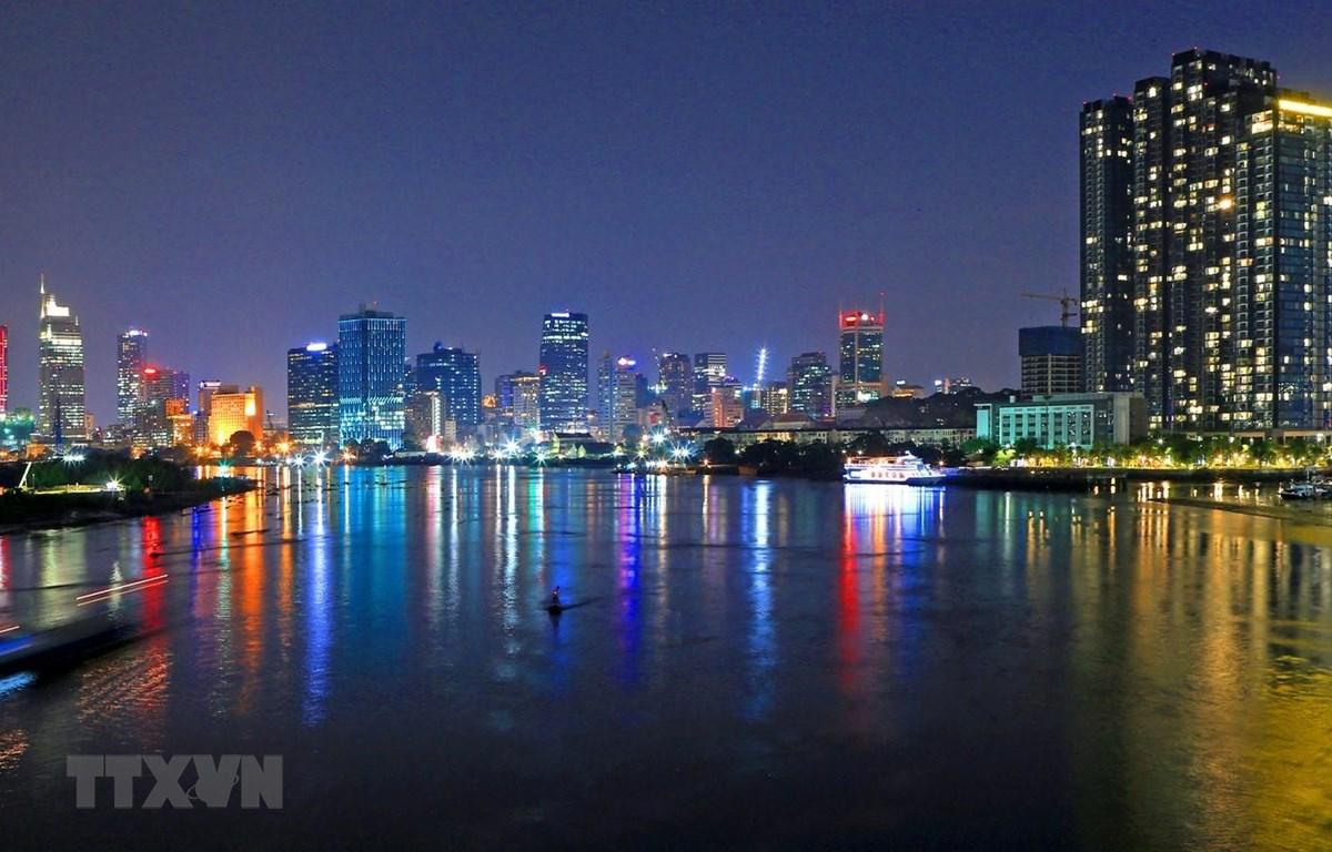 Một góc trung tâm Thành phố Hồ Chí Minh, nơi tập trung nguồn vốn, giao dịch, hàng hóa, tài chính...sẽ được vận dụng tối ưu nhằm xây dựng Thành phố trở thành đô thị thông minh đến năm 2025. (Ảnh: Ngọc Hà/TTXVN)