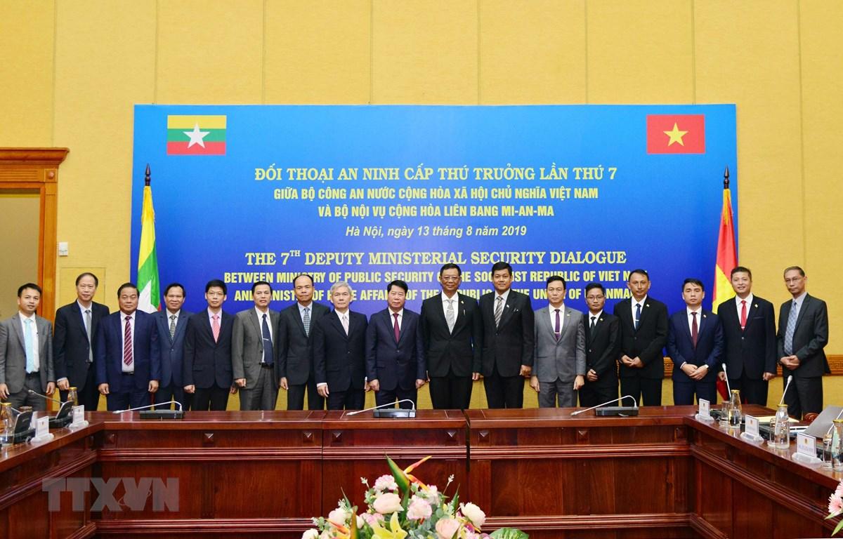 Đại biểu dự Đối thoại An ninh cấp Thứ trưởng lần thứ 7 giữa Bộ Công an Việt Nam và Bộ Nội vụ Myanmar. (Ảnh: Doãn Tấn/TTXVN)