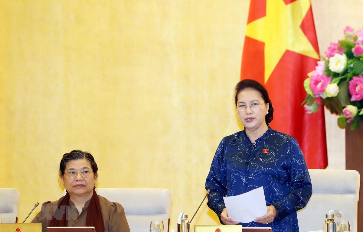 Chủ tịch Quốc hội Nguyễn Thị Kim Ngân phát biểu bế mạc Phiên họp thứ 37 của Ủy ban Thường vụ Quốc hội. (Ảnh: Trọng Đức/TTXVN)