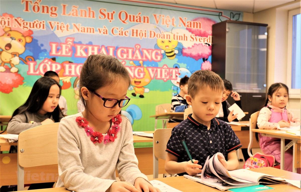Lớp học Tiếng Việt ở Ekaterinburg. (Ảnh: Dương Trí/Vietnam+)