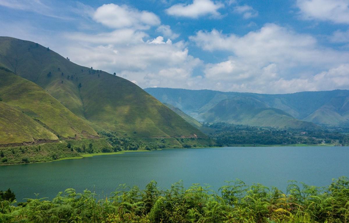 Hồ Toba. (Nguồn: Wikipedia)