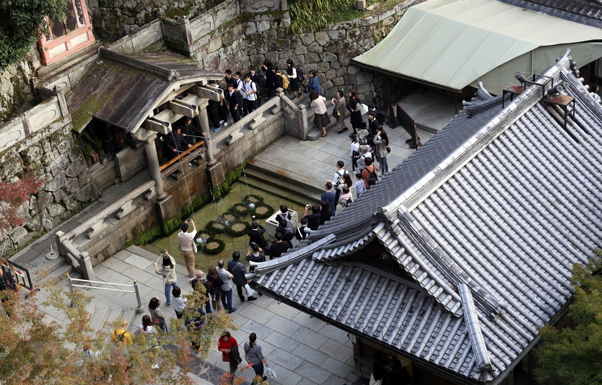 Nhật Bản : Nhắc nhở cách ứng xử qua điện thoại di động