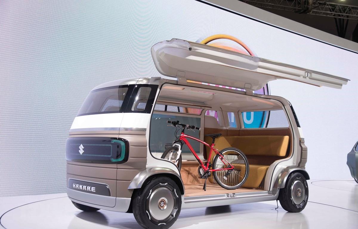Bên trong mẫu xe Hanare được thiết kế rộng và thông minh. (Ảnh: Thành Hữu/TTXVN)