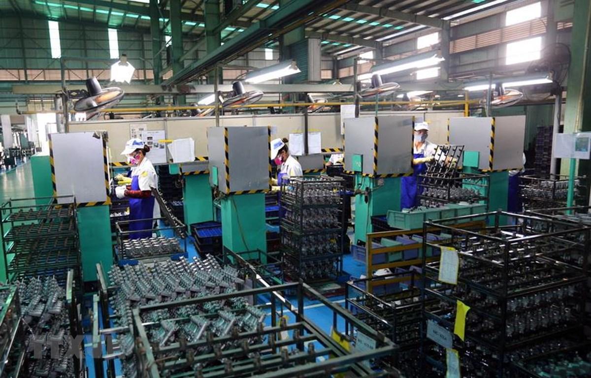 Dây chuyền sản xuất phanh của Công ty Sản xuất phanh Nissin Việt Nam, vốn đầu tư của Nhật Bản tại Vĩnh Phúc. (Ảnh minh họa: Danh Lam/TTXVN)