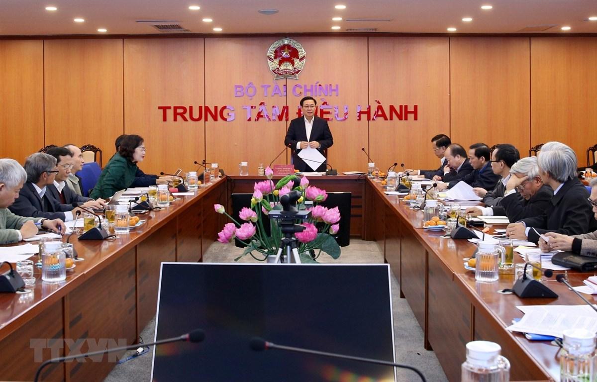 Phó Thủ tướng Vương Đình Huệ, Chủ tịch Hội đồng Tư vấn chính sách tài chính, tiền tệ quốc gia chủ trì phiên họp. (Ảnh: Dương Giang/TTXVN)