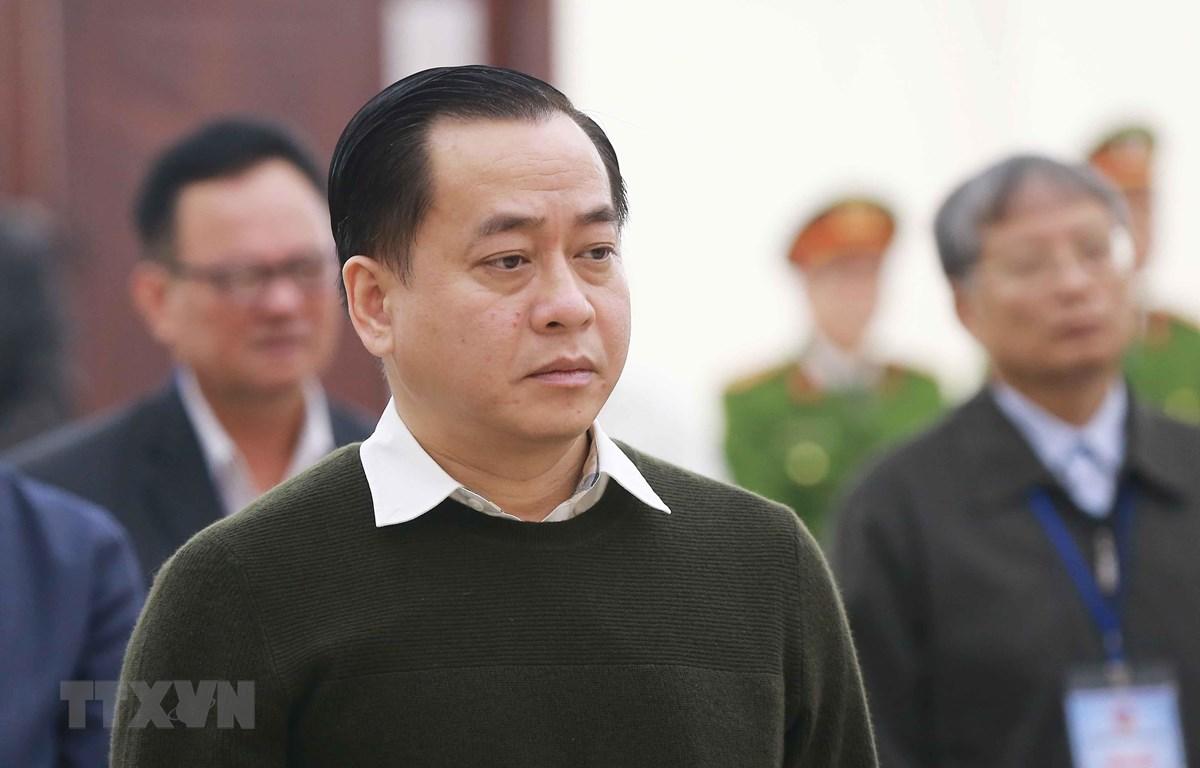Bị cáo Phan Văn Anh Vũ và các bị cáo nghe Hồi đồng xét xử đọc bản tuyên án. (Ảnh: Doãn Tấn/TTXVN)