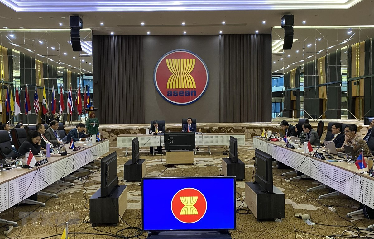Việt Nam chủ trì cuộc họp đầu tiên Ủy ban các đại diện thường trực tại ASEAN. (Ảnh: Hữu Chiến/TTXVN)