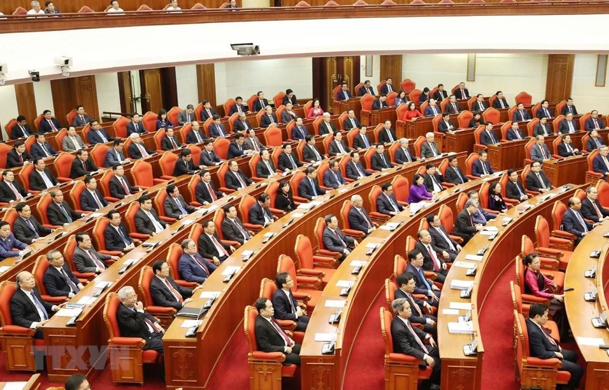 Các Ủy viên Trung ương Đảng dự phiên bế mạc Hội nghị lần thứ mười một Ban Chấp hành Trung ương Đảng Cộng sản Việt Nam khóa XII. (Ảnh minh họa: Trí Dũng/TTXVN)
