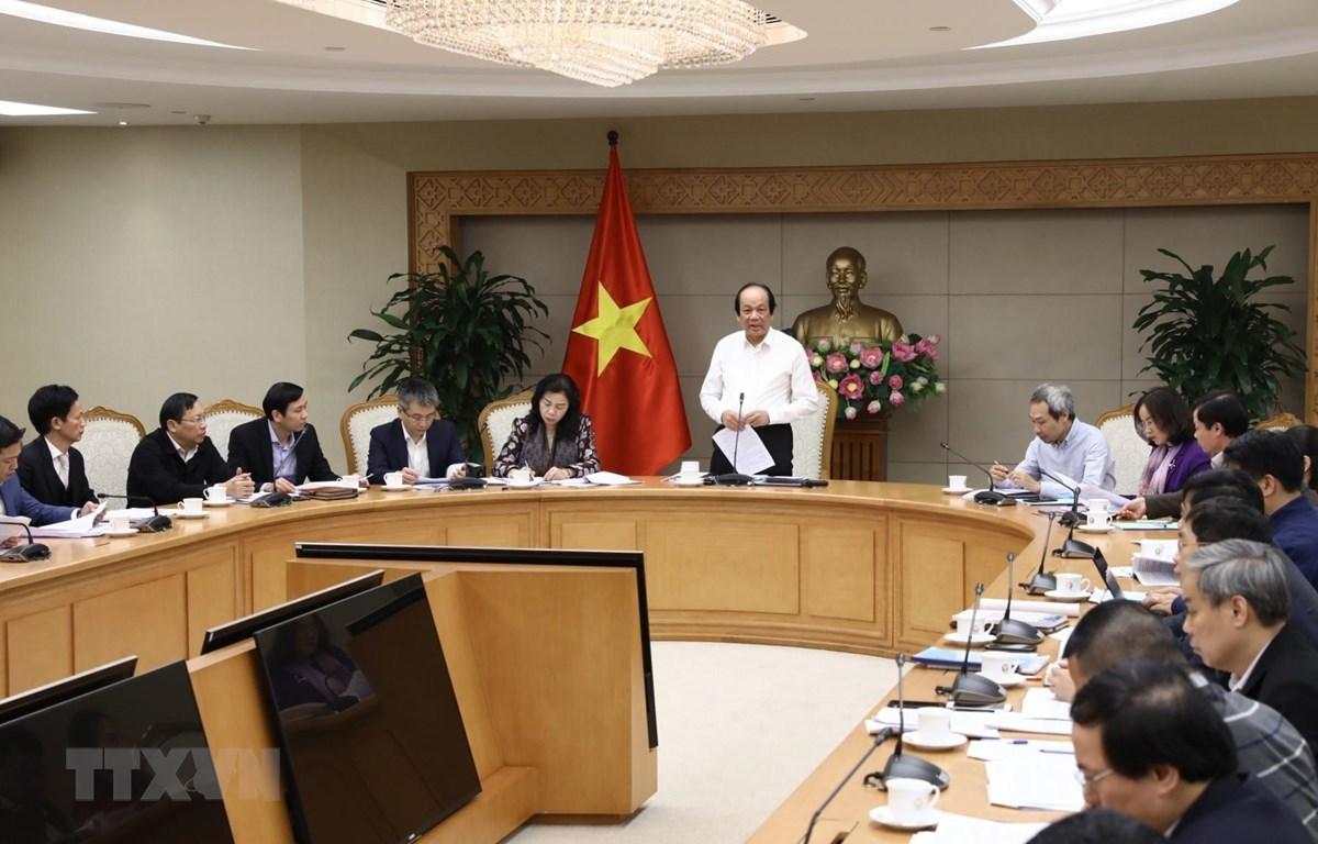 Bộ trưởng, Chủ nhiệm Văn phòng Chính phủ Mai Tiến Dũng chủ trì cuộc họp. (Ảnh: Văn Điệp/TTXVN)