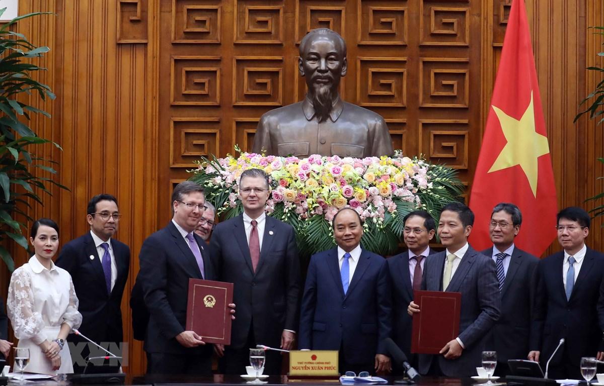 Thủ tướng Nguyễn Xuân Phúc tiếp đoàn doanh nghiệp Hoa Kỳ là thành viên Hội đồng kinh doanh Hoa Kỳ-ASEAN (USABC). (Ảnh: Thống Nhất - TTXVN)