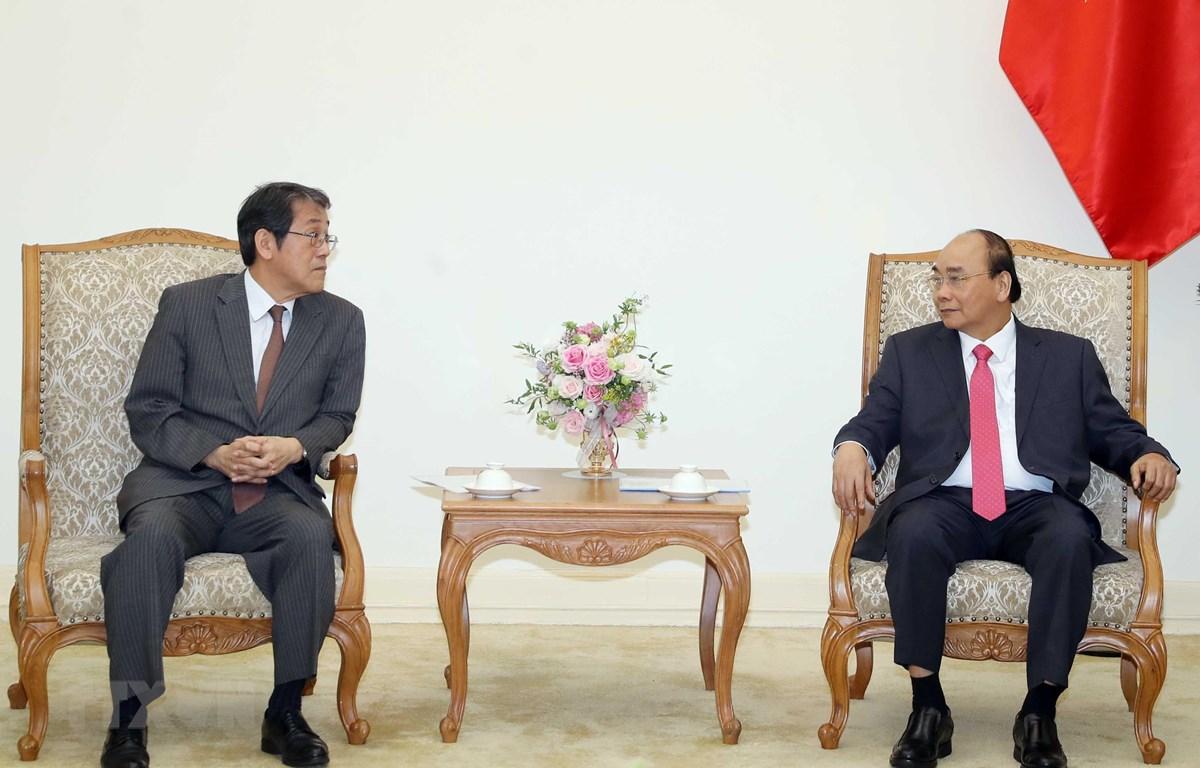 Thủ tướng Nguyễn Xuân Phúc tiếp Đại sứ Nhật Bản tại Việt Nam Umeda Kunio. (Ảnh: Thống Nhất/TTXVN)
