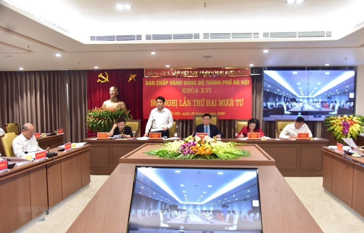 Đồng chí Nguyễn Đức Chung, Ủy viên Trung ương Đảng, Phó Bí thư Thành ủy, Chủ tịch UBND thành phố Hà Nội phát biểu. (Ảnh: Văn Điệp/TTXVN)