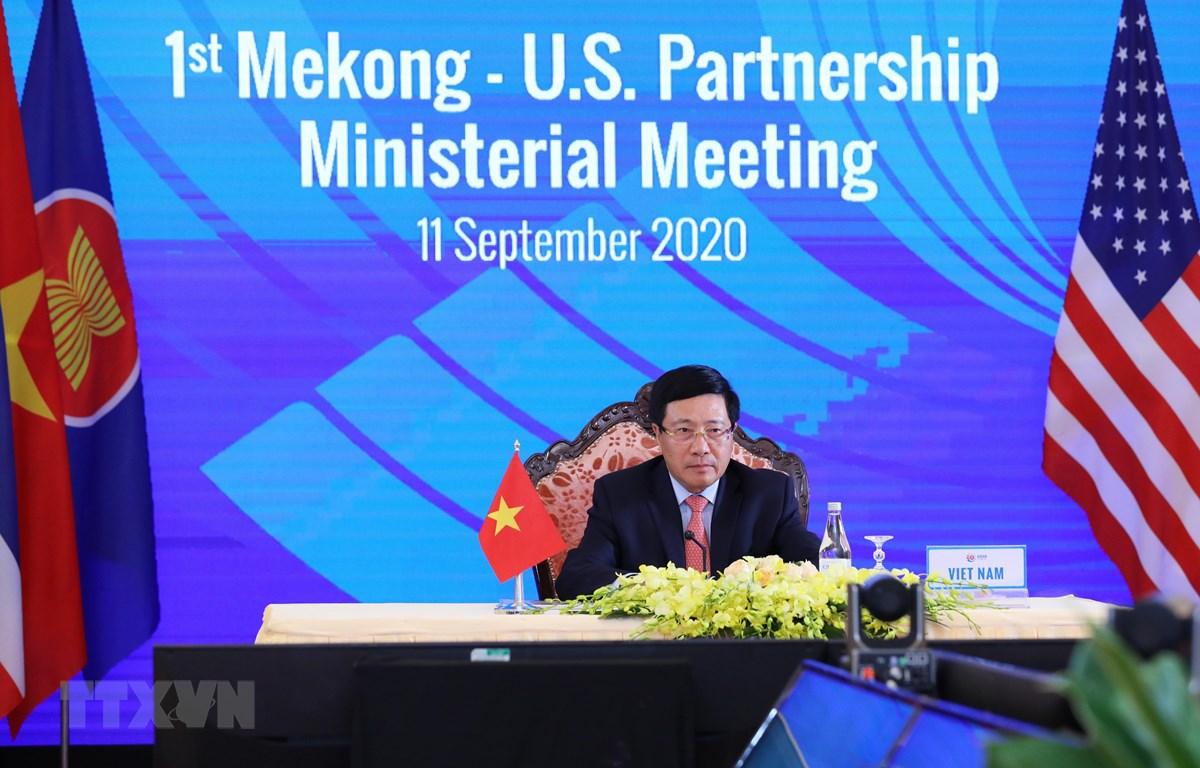 Phó Thủ tướng, Bộ trưởng Ngoại giao Phạm Bình Minh chủ trì Hội nghị Bộ trưởng Quan hệ đối tác Mekong-Mỹ lần thứ nhất. (Ảnh: Lâm Khánh/TTXVN)