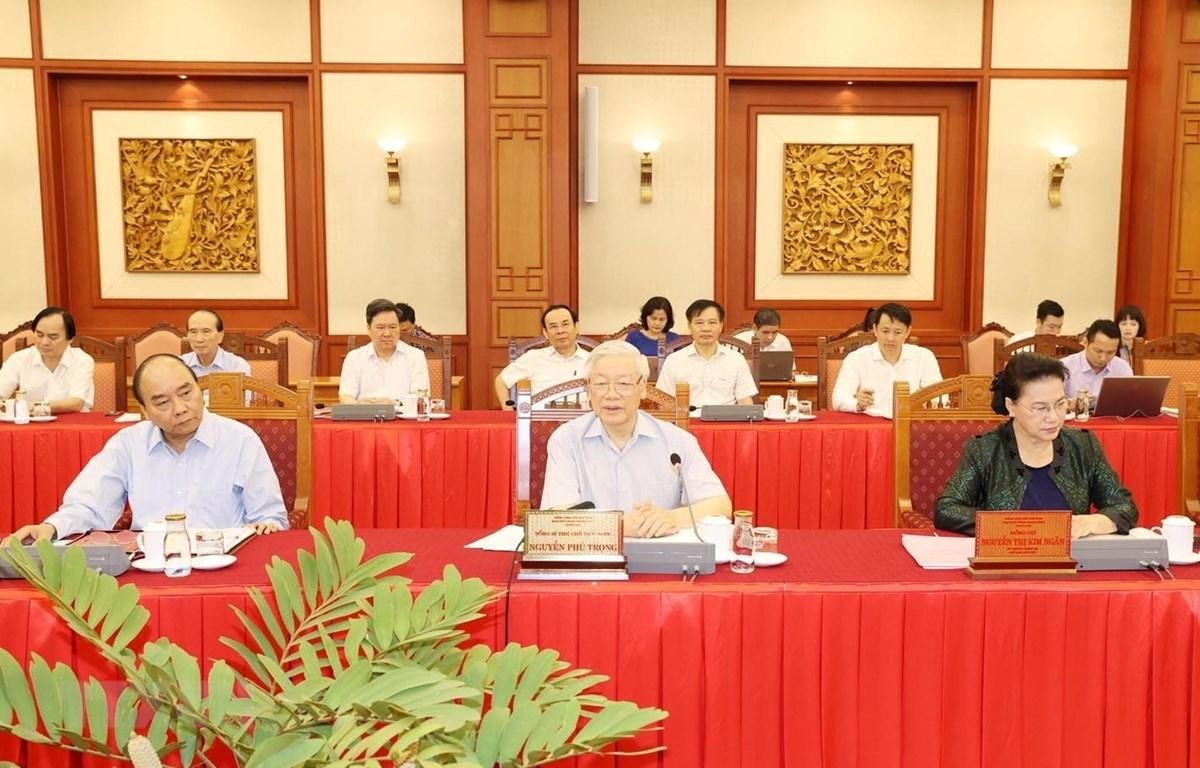 Tổng Bí thư, Chủ tịch nước Nguyễn Phú Trọng phát biểu chỉ đạo tại buổi làm việc với Ban Thường vụ Thành ủy Hà Nội. (Ảnh: Trí Dũng/TTXVN)