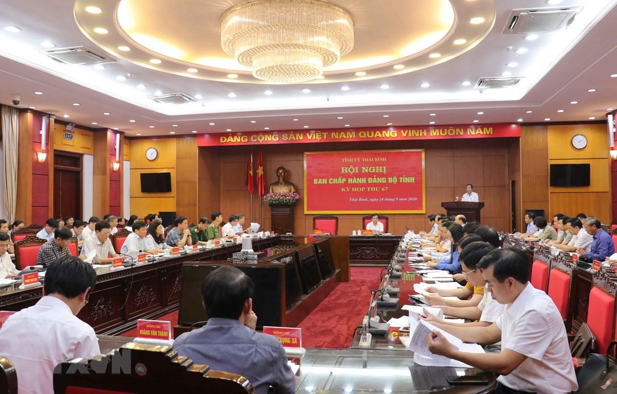 Quang cảnh Hội nghị Ban chấp hành Đảng bộ tỉnh Thái Bình Kỳ họp thứ 67. (Ảnh: Nguyễn Công Hải/TTXVN)