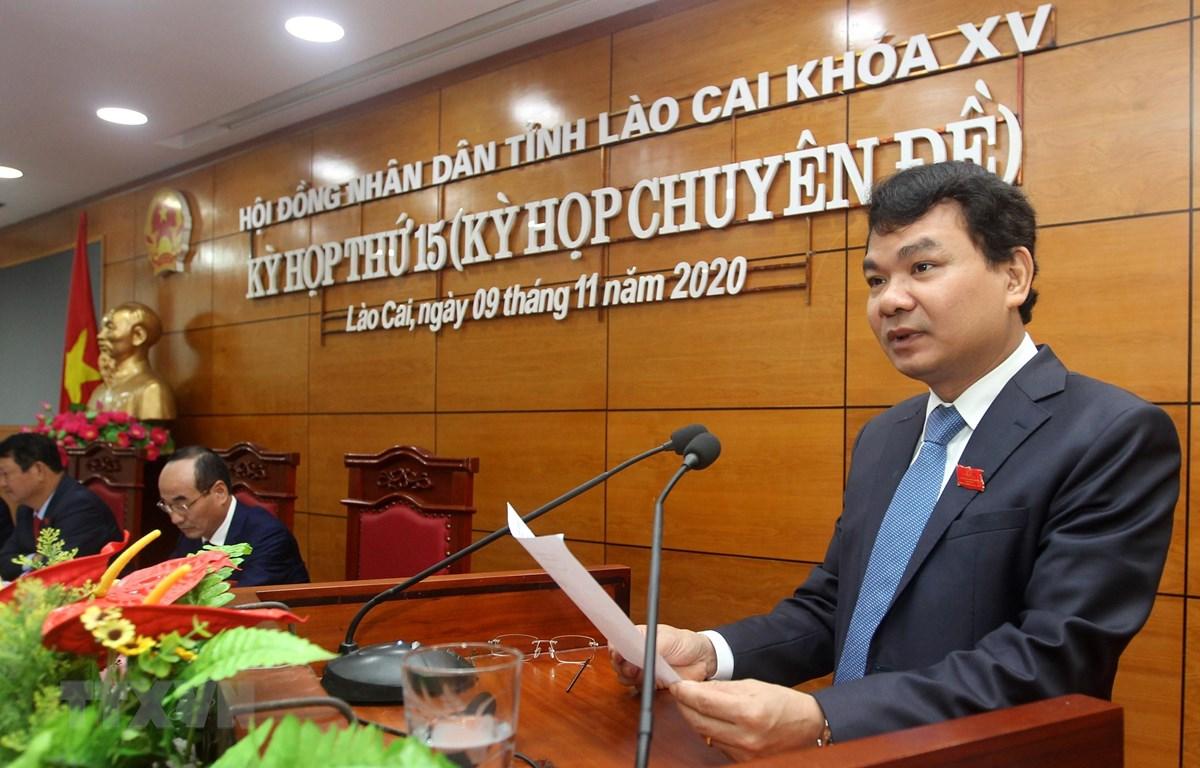 Đồng chí Đặng Xuân Phong, Bí thư tỉnh ủy được bầu làm Chủ tịch HĐND tỉnh Lào Cai khóa XV, nhiệm kỳ 2016 - 2021. (Ảnh: Quốc Khánh/TTXVN)