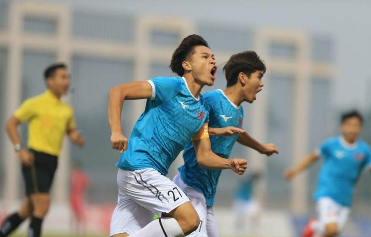 Trần Ngọc Sơn ăn mừng bàn thắng duy nhất của trận đấu. (Nguồn: vff.org.vn)