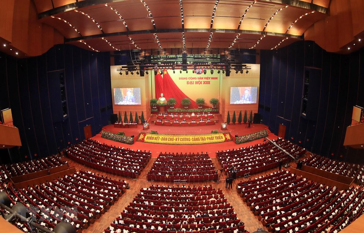 Toàn cảnh phiên họp thảo luận về các văn kiện đại hội tại hội trường Trung tâm Hội nghị Quốc gia, chiều 27/1/2021. (Ảnh: TTXVN)