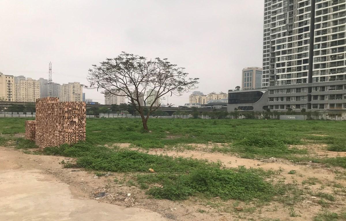 Một dự án vốn ngoài ngân sách có sử dụng đất chậm triển khai tại quận Nam Từ Liêm. (Ảnh: Văn Cảnh/TTXVN)