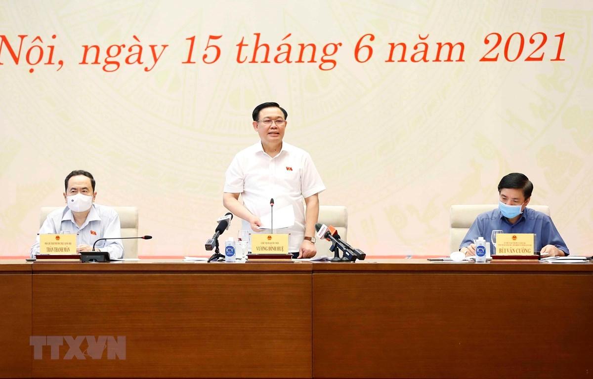 Chủ tịch Quốc hội Vương Đình Huệ phát biểu chỉ đạo và chúc mừng 96 năm Ngày báo chí Cách mạng Việt Nam. (Ảnh: Doãn Tấn/TTXVN)