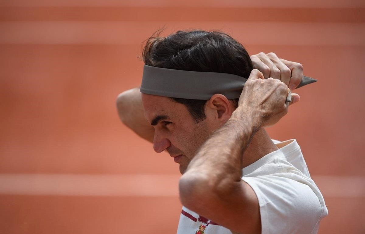 Federer trên sân tập Philippe Chatrier. (Nguồn: Roland Garros)