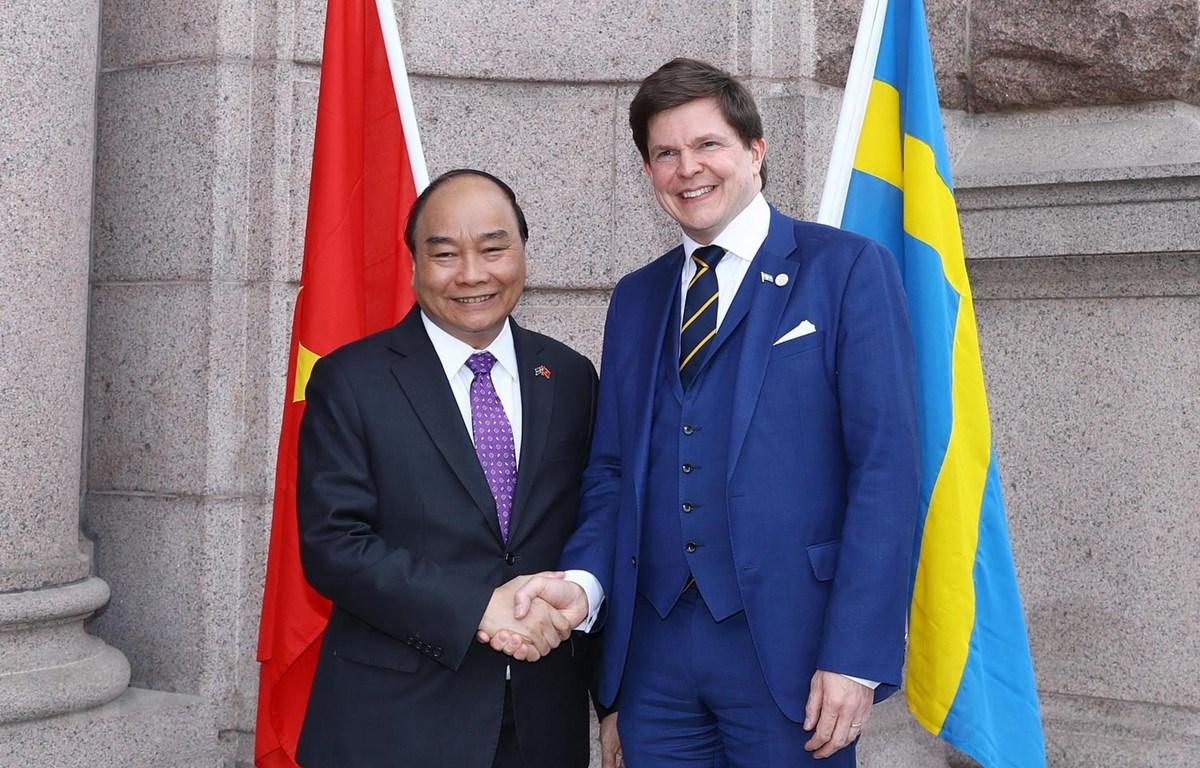 Thủ tướng Nguyễn Xuân Phúc đã có cuộc gặp với Chủ tịch Quốc hội Thụy Điển Andreas Norlen. (Ảnh: Ảnh: Thống Nhất/TTXVN)