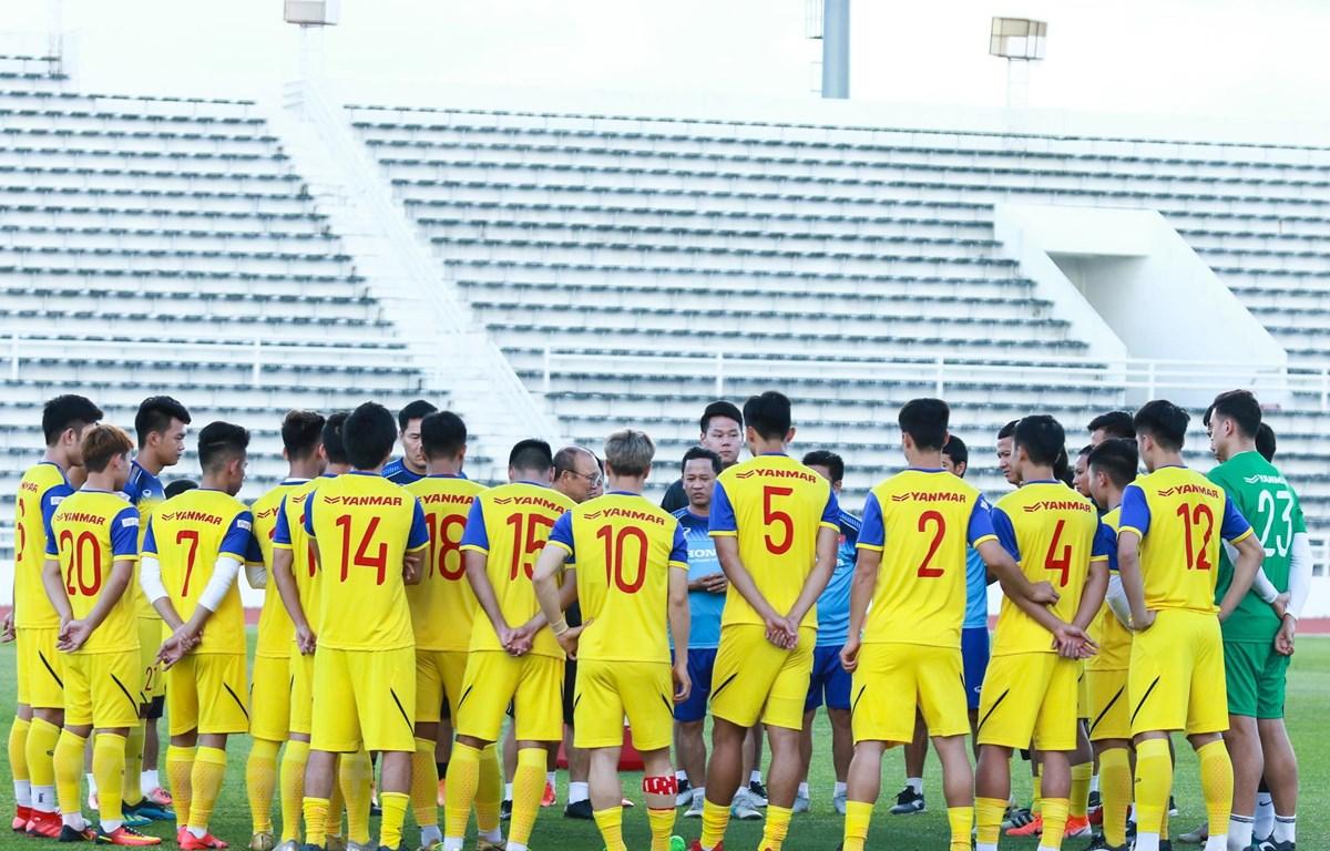 Các cầu thủ Việt Nam tại buổi tập chiều 6/6. (Ảnh: Nguyên An/Vietnam+)